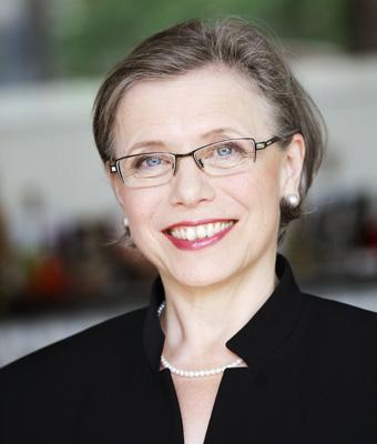 Claire Lütcke